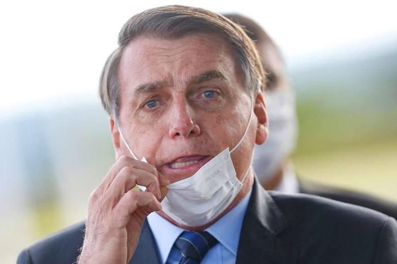 Bolsonaro fala em intervenção para restabelecer a ordem